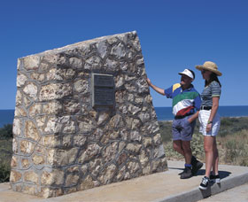 Potshot Monument - Accommodation Cooktown