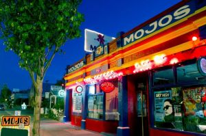 Mojo's Bar - Accommodation Cooktown