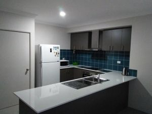 Near Train Station - Accommodation Cooktown