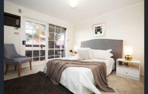 The Gallery Hours - Accommodation Cooktown